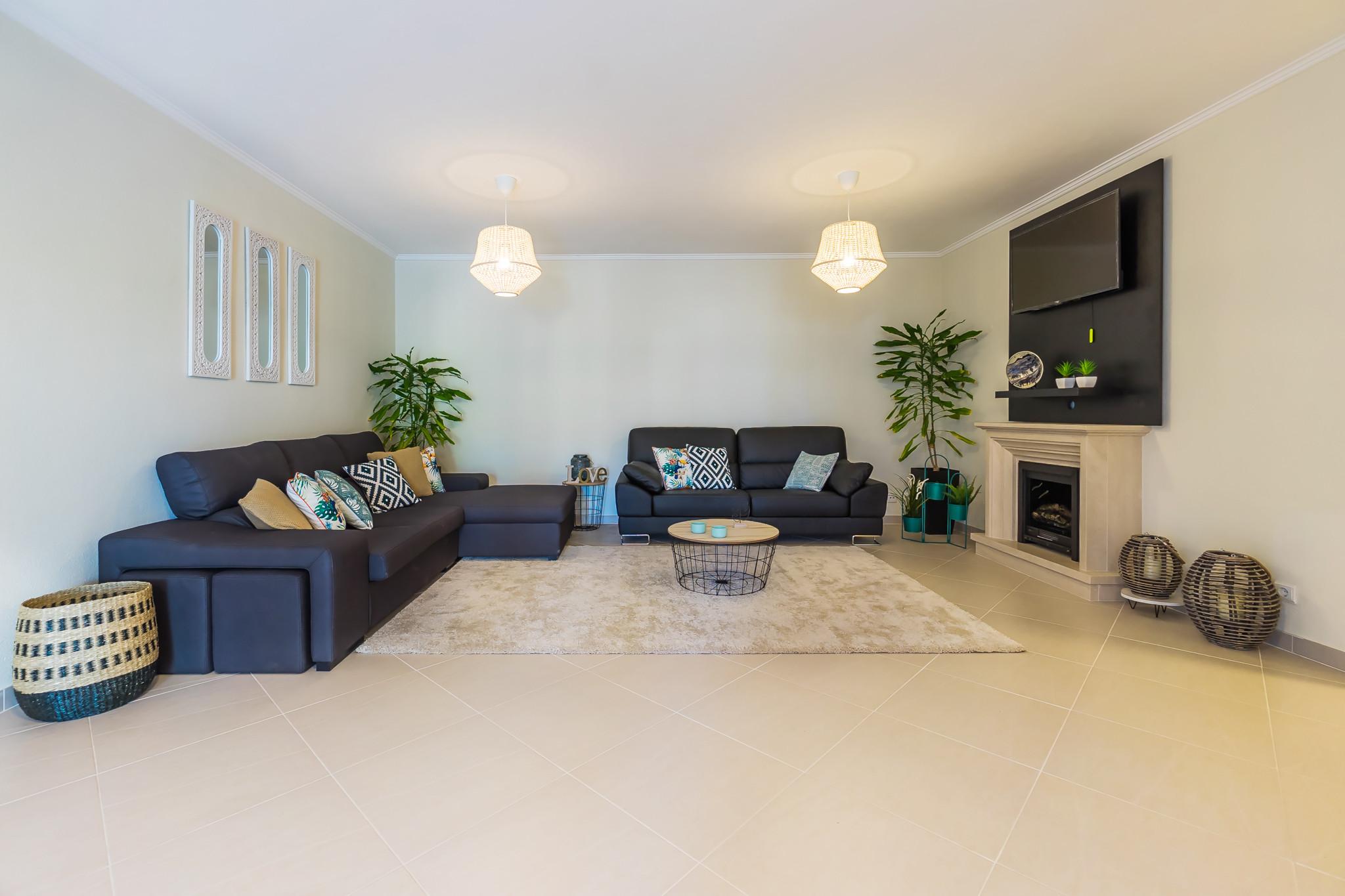 villen verdizela verdizela beach golf villa. Black Bedroom Furniture Sets. Home Design Ideas